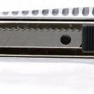 нож прорезной с выдвижным сегментированным лезвием - INTERTOOL HT-0504